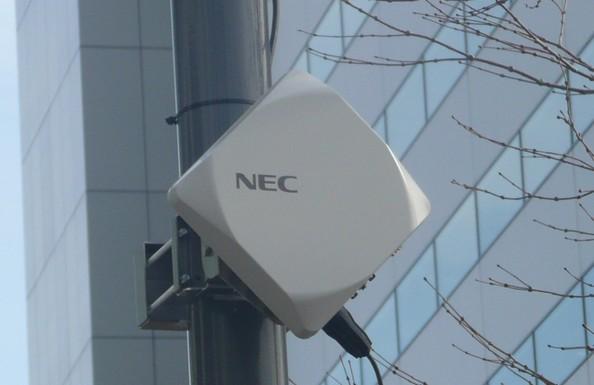 NEC 超小型微波通訊系統進一步為 LTE 加速