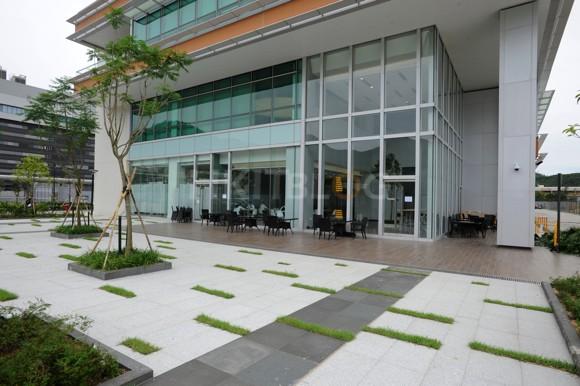 NTT_Datacenter_1120130603