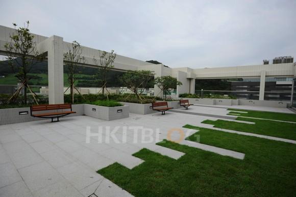 NTT_Datacenter_1220130603