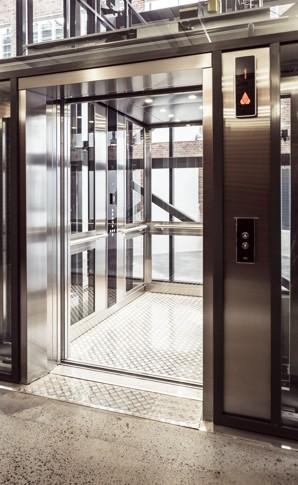 KONE_elevator_20140416_03