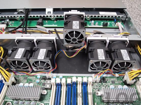 asrock-rack-1u2fh-4l-internal-fans